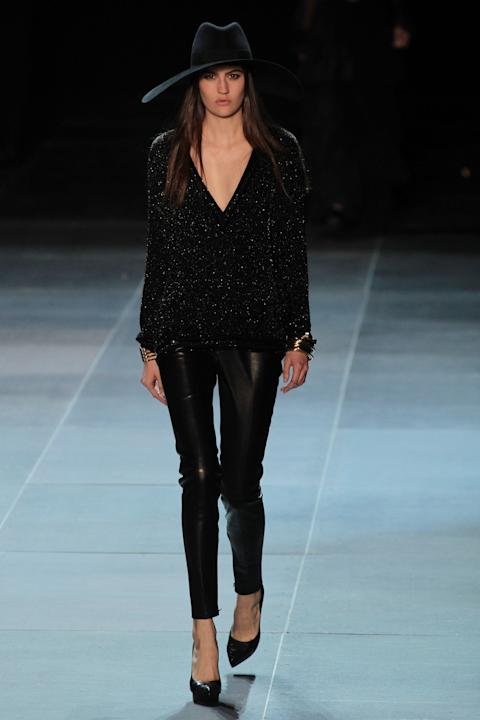 Défilé Saint Laurent collection printemps/été 2013.