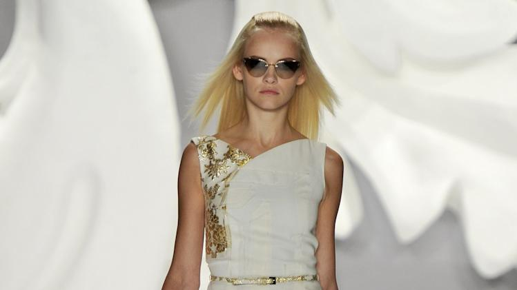Carolina Herrera - Runway RTW - Spring 2013 - New York Fashion Week