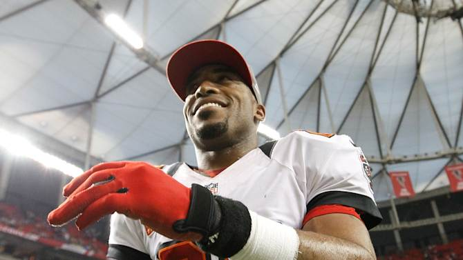 ATLANTA, GA - DECEMBER 30: Ronde Barber #20 of the Tampa Bay Buccaneers reacts after their 22-17 win over the Atlanta Falcons at Georgia Dome on December 30, 2012 in Atlanta, Georgia. (Photo by Kevin C. Cox/Getty Images)