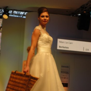 Sleeves and vintage styles were the top look on the catwalk at the National Wedding Show