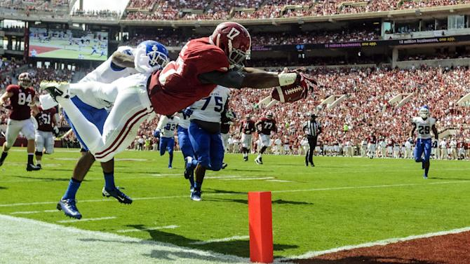 No. 1 Bama leads unchanged top 5 in AP poll