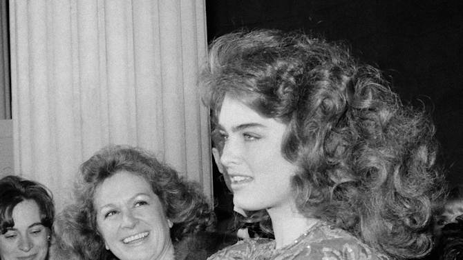 FILE - This 1983 file photo shows actress and model Brooke Shields, right with her mother Teri in New York. Teri Shields, who launched daughter Brooke's on-camera career when she was a baby and managed the young star into her 20s, died last week in New York City. Jill Fritzo, a spokeswoman for Brooke Shields, confirmed the death on Tuesday, Nov. 6, 2012. The New York Times reports that the elder Shields died following a long illness related to dementia.  She was 79. (AP Photo/Ron Frehm, file)