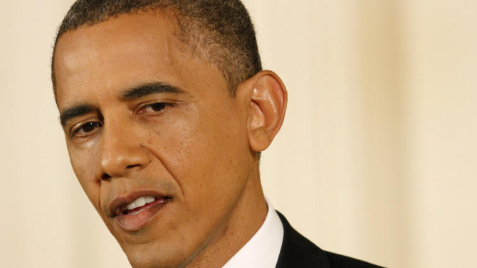 Obama presses GOP on taxing rich to avert 'cliff'