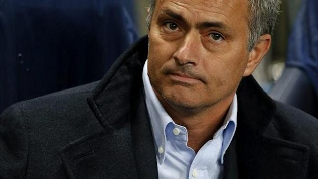 Jos Mourinho se lamenta tras el empate del Manchester City