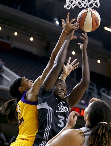 Sparks beat Silver Stars 93-86 in playoff opener