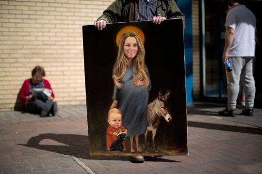 Controversial New Painting of Kate Middleton Pregnant: Over the Line?