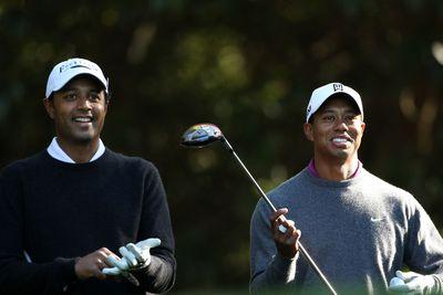 Tiger Woods helps Arjun Atwal win 1st golf tourney since 2010