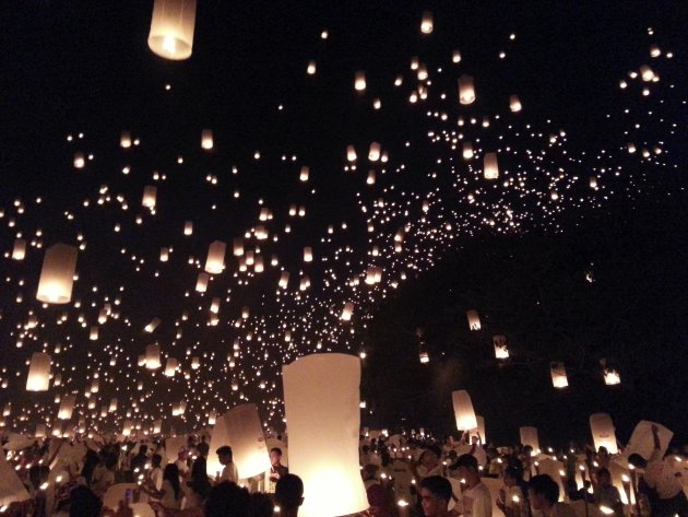 People release sky lanterns to beat the Guinness Book of World Records title for the most number of sky lanterns flown simultaneously in Philippines