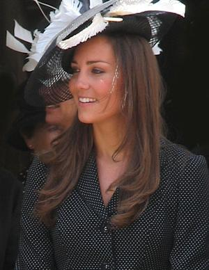 Kate Middleton stuns in a gorgeous hat! What will she wear on the big day?