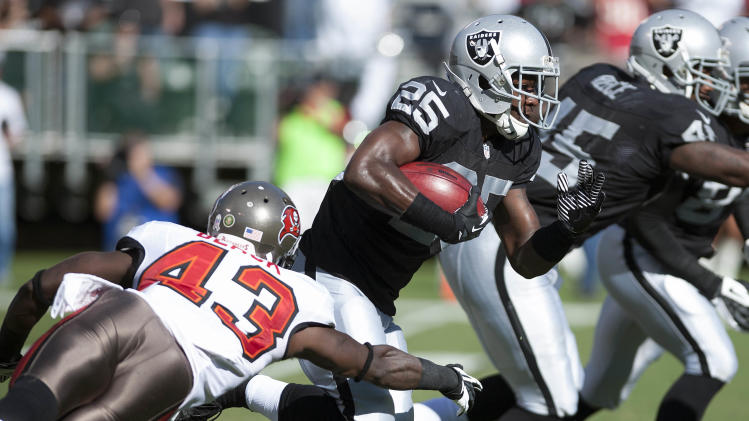 NFL: Tampa Bay Buccaneers at Oakland Raiders