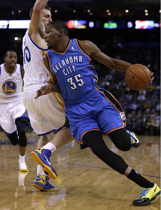 Iguodala lifts Warriors past Thunder, 116-115