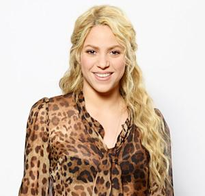 "Shakira: I'm Going to Breastfeed Milan Until ""He Goes to College!"""