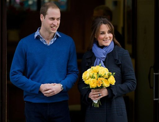 Prince William and Catherine emerge from hospital with a smile for the cameras