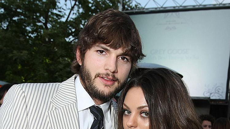 Miley Cyrus, Ashton Kutcher, Mila Kunis