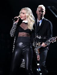 Gwen Stefani and No Doubt perform Looking Hot at the 40th Annual American Music Awards on Sunday, Nov. 18, 2012, in Los Angeles. (Photo by Matt Sayles/Invision/AP)