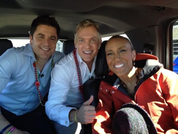Robin's Road Trip: 'GMA' Anchor Robin Roberts Hits the Road With Friends