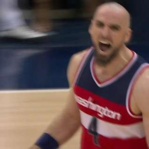 Lob To Gortat