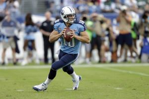 AP Source: Titans to start Locker against 49ers