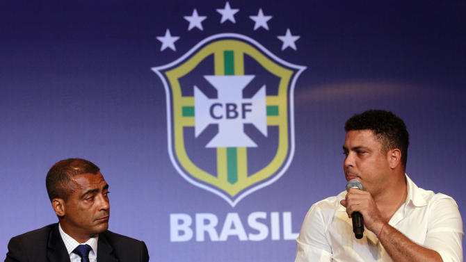 Romario, Ronaldo at odds over Brazil World Cup