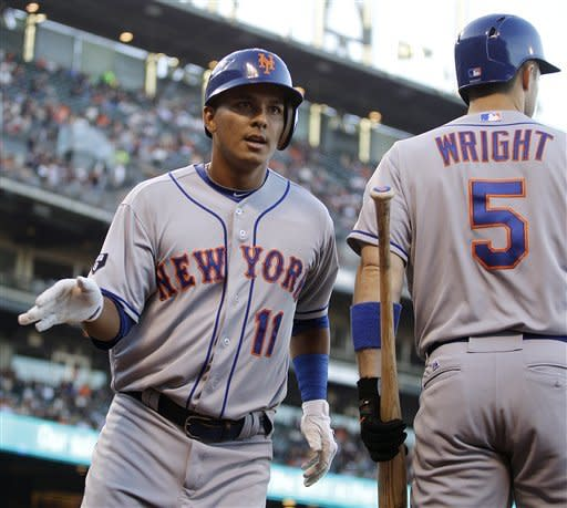 Tejada homers, Mets beat Giants in Pence's debut