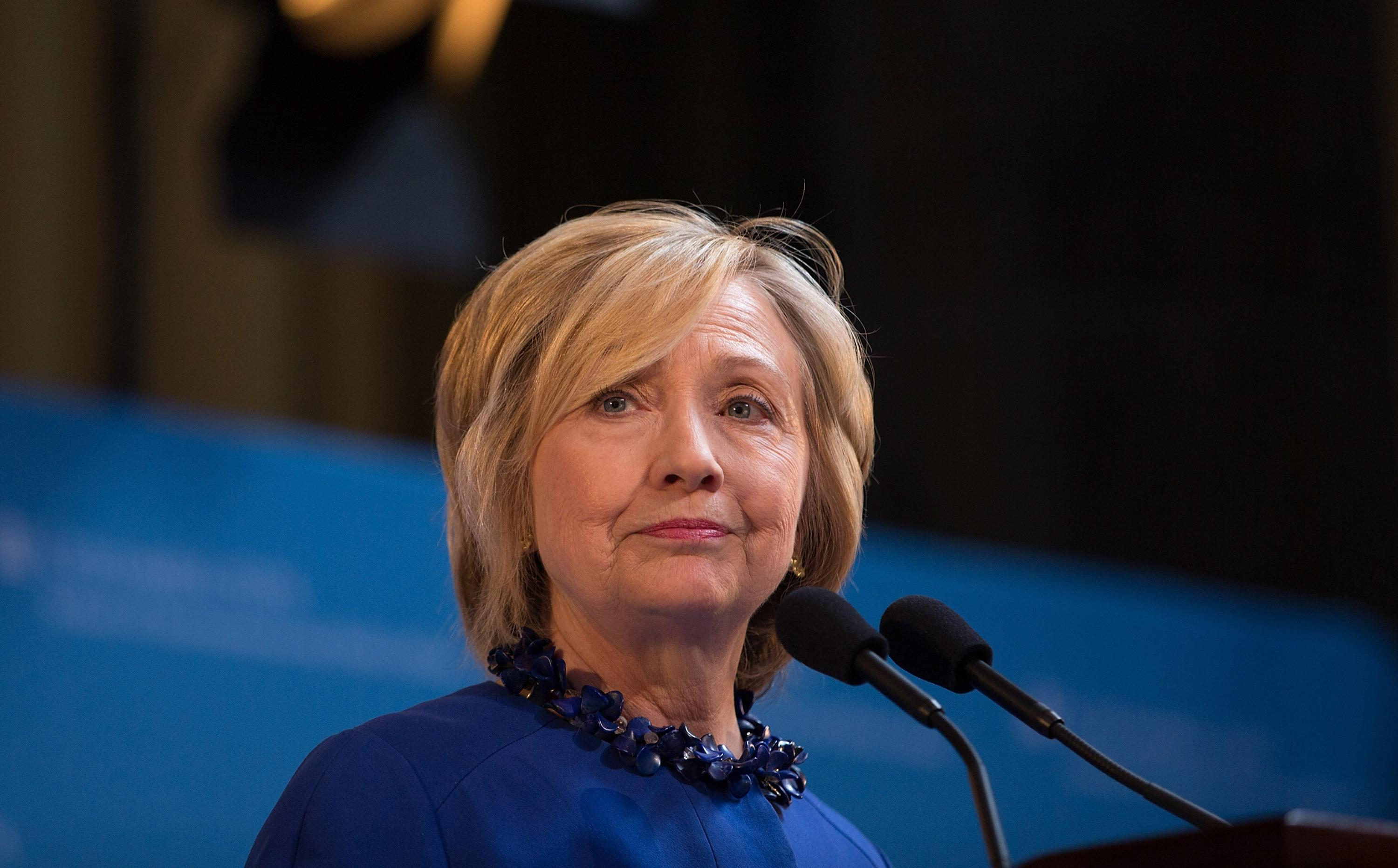 How Hillary Clinton might solve the student debt crisis
