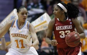 Arkansas beats No. 10 Tennessee 72-71 in overtime