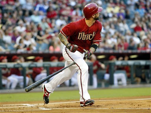 Upton, Roberts homer as Diamondbacks beat Dodgers