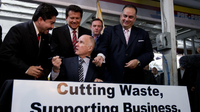 Calif. governor signs workers' compensation fixes