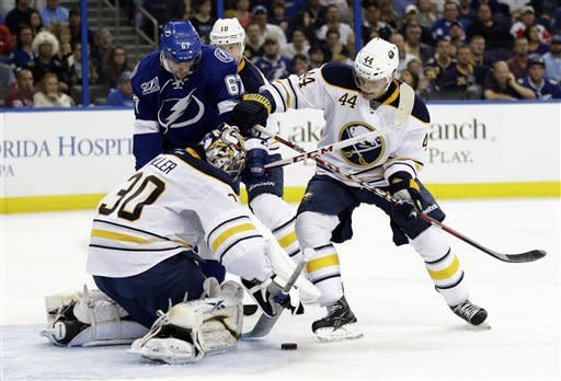 Myers scores go-ahead goal for Sabres