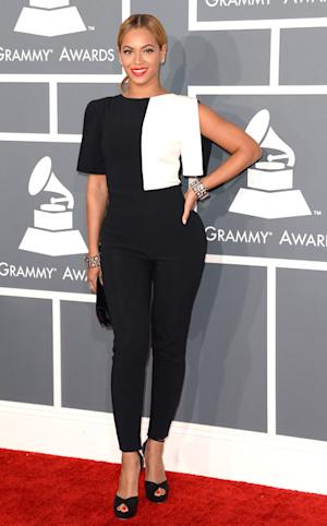 Beyonce Rocks Black-And-White Jumpsuit And Pants at Grammys 2013