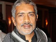 Prakash Jha turns stylist for Amitabh Bachchan