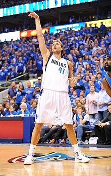 Nowitzki's 48-point show opens West finals