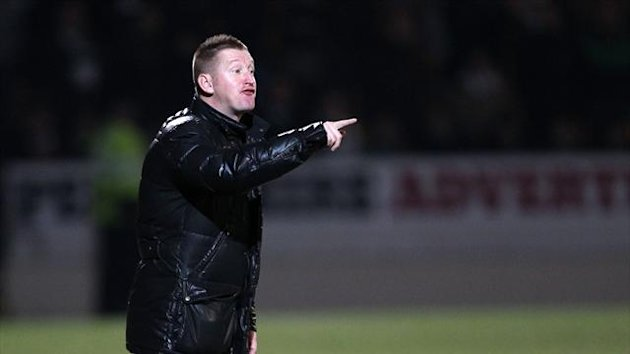 Steve Lomas' St Johnstone defeated St Mirren 1-0 to go fourth in the SPL