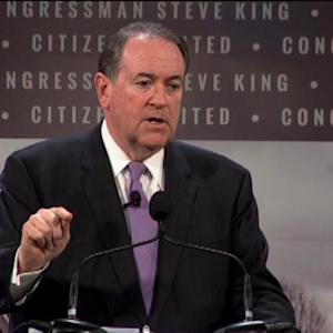 Huckabee: Military Men and Women are the Real Heroes