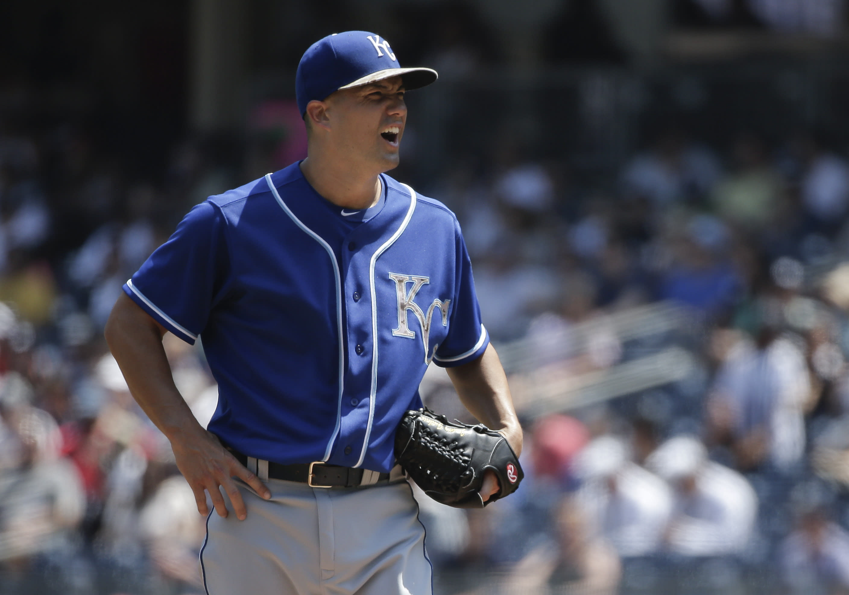 Royals' Jeremy Guthrie has one of the worst starts in MLB history