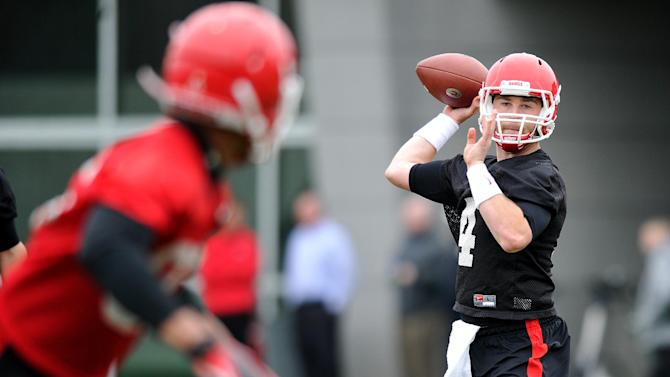 Georgia's new quarterback studies up on Tom Brady