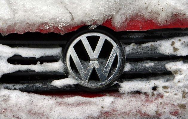 Famous Cars Logo Dualwarez