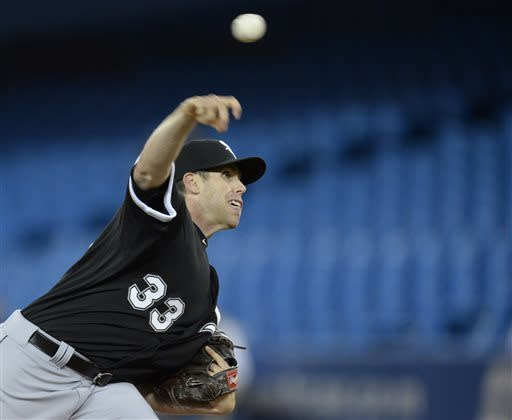 White Sox rally to beat Blue Jays 4-3