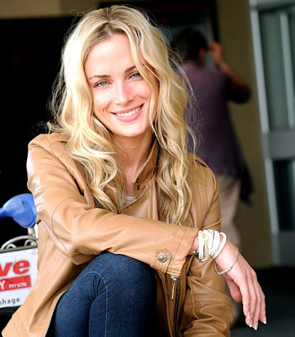 Oscar Pistorius' Girlfriend Reeva Steenkamp To Be Honored in Premiere Episode of Tropika Island of Treasure Reality Show