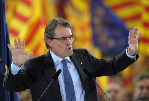 <p>The leader of Spain's Catalonia region, Artur Mas, vowed on Friday to fight for the 'future of our nation' before a roaring crowd of supporters, ahead of weekend elections that could lead to a popular demand for statehood.</p>