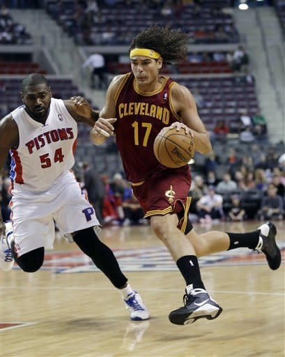 Pistons beat Cavs 89-79 for 5th straight home win