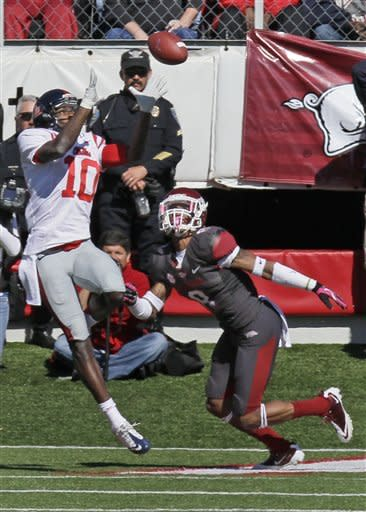 Late field goal lifts Ole Miss past Arkansas 30-27