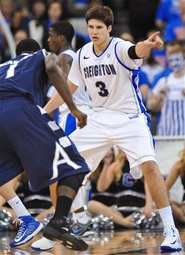 McDermott scores 30, No. 16 Creighton wins 77-61