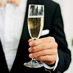 Make your wedding toast memorable for all the right reasons.