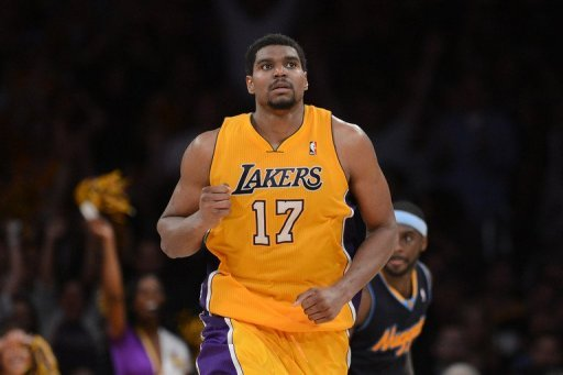 Andrew Bynum averaged 18.7 points and 11.8 rebounds while making 1.9 blocks per game