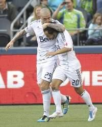 Vancouver Whitecaps 2-1 San Jose Earthquakes: Hassli opens account with stoppage time winner
