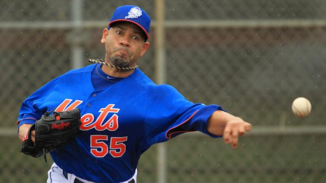MLB: New York Mets-Pitchers & Catchers