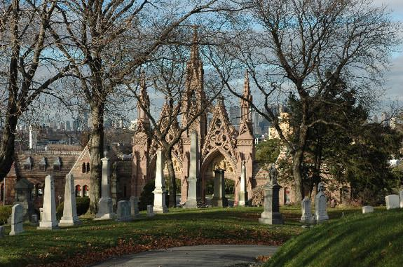 Environmental Lessons Found in 19th-Century Cemeteries