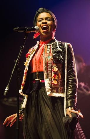 Lauryn Hill Pays Bill in Tax Evasion Case