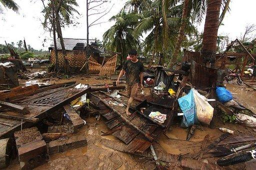 The death toll from Typhoon Bopha has risen to 82, with 21 people missing